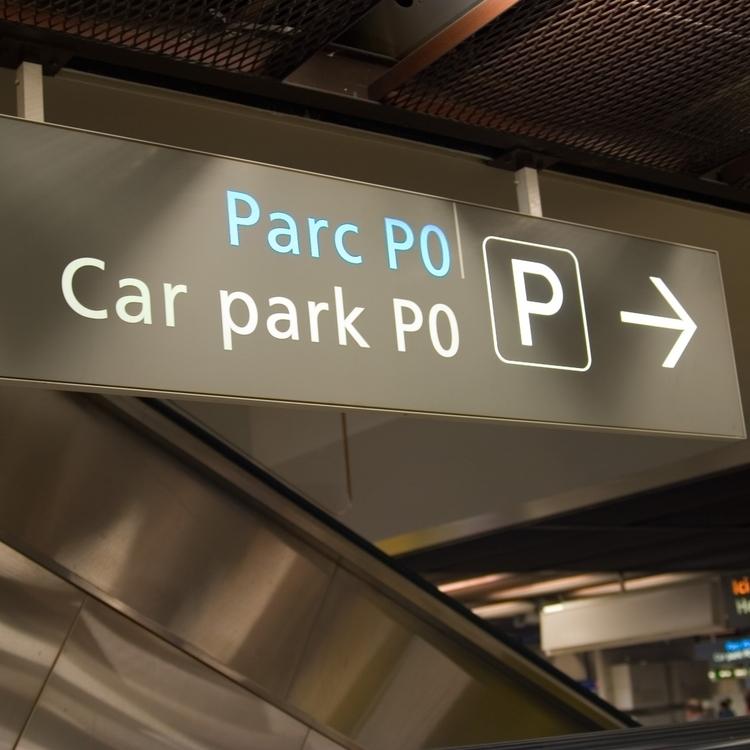Hotel con garage a jesolo posto auto coperto hotel nettuno for Piani garage separati con posto auto coperto